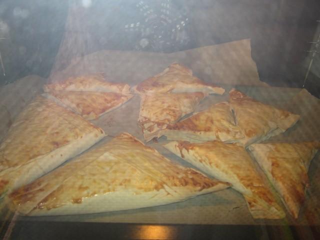 Færdige samosaer, i ovnen