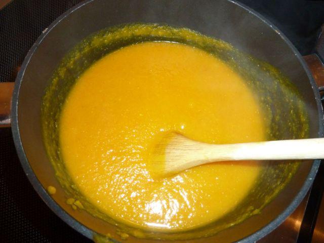 Suppen varmes